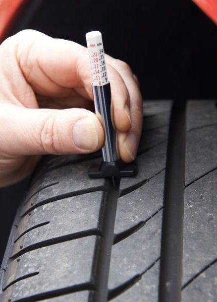 Detecta fácilmente neumáticos gastados